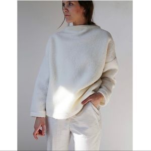 Hackwith Design House High neck sweater lined SZ.M